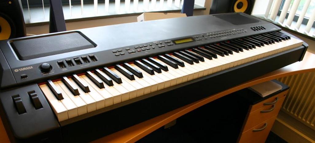 Yamaha cp300 in prima staat met softcase studio de dijk for Yamaha stage piano cp300